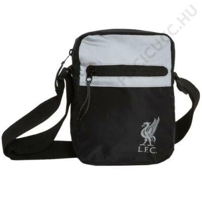 Liverpool oldal táska