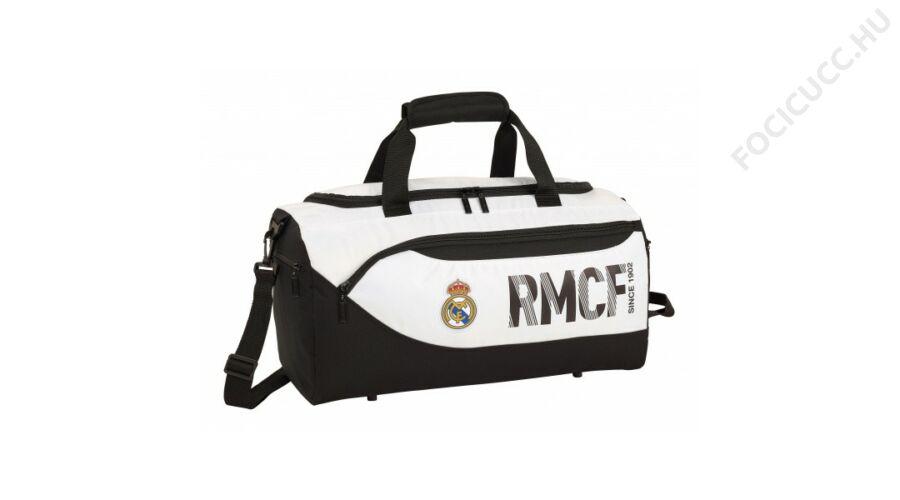 7ffeae644e0d Real Madrid sporttáska CONATO - Focis cuccok, ajándéktárgyak ...